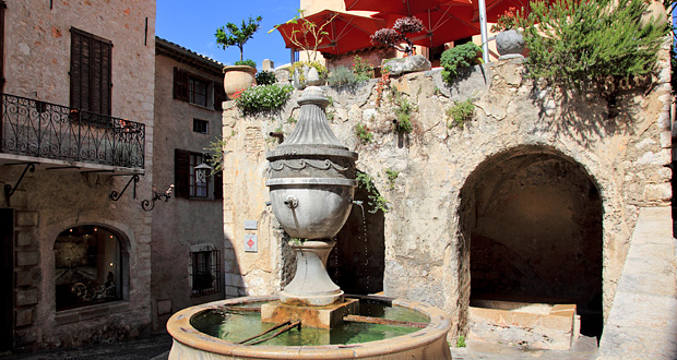 Place de la Grande Fontaine